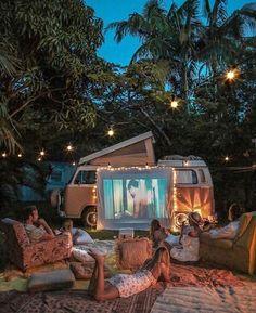 Backyard Movie Glamping 26 Outdoor Cinemas to Turn Your Movie Night Into an Adventure Fun Sleepover Ideas, Outdoor Cinema, Outdoor Theater, Backyard Movie, Summer Bucket, Belle Photo, Van Life, Camping Hacks, Camping Ideas