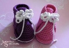 New crochet baby shoes newborn 63 ideas Baby Knitting Patterns, Knitting For Kids, Afghan Patterns, Amigurumi Patterns, Crochet Baby Shoes, Love Crochet, Crochet For Kids, Baby Chucks, Baby Shoes Pattern