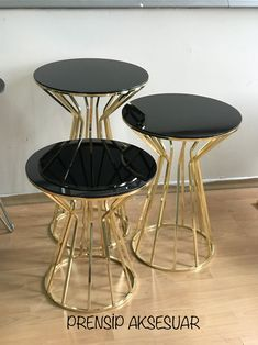 Moving Furniture, Steel Furniture, Luxury Furniture, Furniture Design, Decorating Coffee Tables, Coffee Table Design, Centre Table Design, African Furniture, Apartment Decorating On A Budget