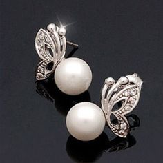 Classic Butterfly Pearl Studs