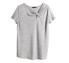 Diy Shirt, Tee Shirts, Elle Blogs, Knotted Shirt, Neck Designs For Suits, Knit Fashion, Casual Tops, Tunic Tops, My Style