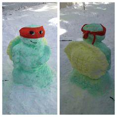 Teenage Mutant Ninja Turtles snowman<---- ok, WHO WANTS TO BUILD A SNOW MAN?!?!? Come on let's go and plaaaaaaayyyyy!!!!!!!