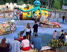 Photo gallery of Story Land theme park for young children in Glen, New Hampshire. Kids Places, Oh The Places You'll Go, New Hampshire Attractions, Live Free Or Die, White Mountains, Jet Plane, Children's Place, New England, Past