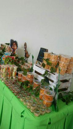 Un Gran Dinosaurio  Mesa de frutas