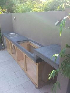 Polished concrete BBQ bench top with step up – Concrete Studio - concrete furniture, architectural elements, benchtops & sinks (outdoor deck step) Polished Concrete, Outdoor Cooking Area, Outdoor Kitchen, Outdoor Kitchen Decor, Diy Outdoor, Outdoor Living, Diy Outdoor Kitchen, Concrete Furniture, Kitchen Installation