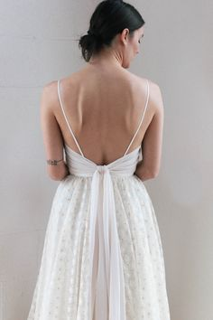 Samantha (Truvelle 2018 collection) customized with almond chiffon ties Minimalist Dresses, Minimalist Fashion, Wedding Dress Boutiques, Wedding Gowns, Wedding Bible, Yes To The Dress, Wedding Styles, Wedding Ideas, Designer Dresses