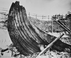HISTORIC PHOTOS OF THE EXCAVATION SHOWS THE AMAZINGLY WELL-PRESERVED OSEBERG SHIP. Although Viking funeral rituals varied, the dead were often placed on a boat together with offerings, including slaves. The boat was then covered over with rocks and soil to create a tumulus. The sleek lines of the 72-foot (22 m) long ship, constructed of oak timbers, was truly a sight to behold. It was built around 820 AD and was buried for nearly 1100 years.