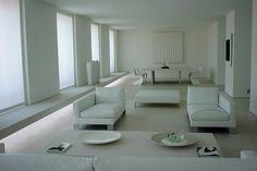 Abitazione privata - project by Claudio #Silvestrin, Light designer Claudio #Silvestrin e Marco #Pollice von Bulow