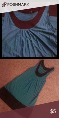 Express dress This teal colored dress from Express is super cute to dress up or down and even comes with pockets! It has no stains or pilling. **make me a reasonable offer!** Express Dresses Mini
