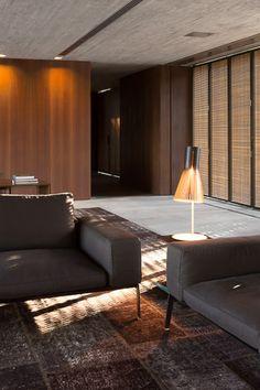 Casa P / Studio MK27 - Marcio Kogan + Lair Reis #living #decor