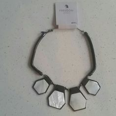 Topshop choker necklace statement neckless Super hot choker necklace topshop freedom collection, black and ivory. Topshop Accessories
