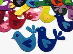Sewing Crafts, Sewing Projects, Craft Projects, Felt Projects, Fabric Glue, Felt Fabric, Bird Applique, Softie Pattern, Die Cut
