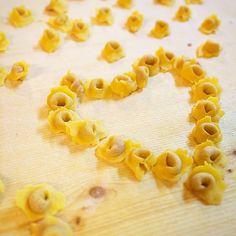 We Love Tortellini - Instagram by ristorantelincontrocarpi