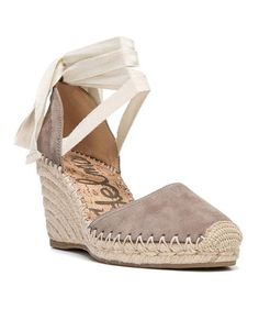 df33f19f31d1 Detailed Review of the Castañer Carina Wedge Espadrilles