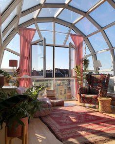 Berlin Apartment, Dream Apartment, Dream Home Design, My Dream Home, Appartement New York, Room Goals, Aesthetic Room Decor, Dream Rooms, House Rooms