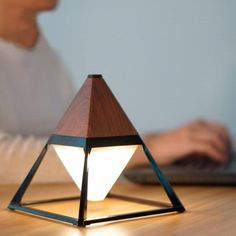 Rustic Lamps, Luminaire Design, Wooden Lamp, Bedroom Lamps, Bedroom Decor, Lamp Light, Desk Light, Light Fixtures, Decoration