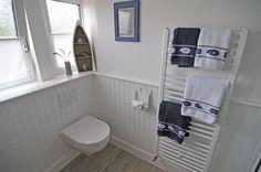 #beadboard.de #Badezimmer #Wandverkleidung DIY #Holzpaneele selber machen…