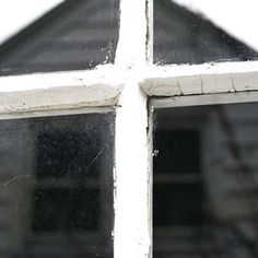 Have to try - I hate the hard water spots from if the wind comes up while the sprinklers are on for watering the lawn & flowerbeds - - -   Mineral-stained glass windowpane on the left to compare with supercleaned pane on the right