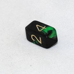 Crystal Oblivion 4 Sided Dice (Green)