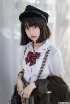 Check out these Japanes theme cosplay characters. Loyal cosplay showing their costumes… it is amazing the costumes that they have come up with. A Weekend of Cosplay At It's Best in Japan! Kawai Japan, Asian Short Hair, Pretty Asian, Fashion Poses, Japan Girl, Kawaii Girl, Japan Fashion, Ulzzang Girl, Cosplay Girls