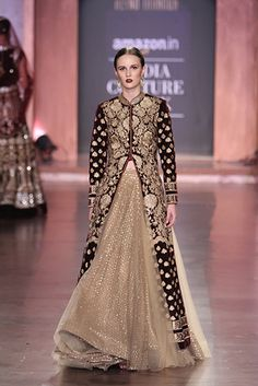 Stiffer and less full over fuller. Would be grand for damask or brocade over a neutral. Pakistani Outfits, Indian Outfits, Indian Attire, Indian Wear, Ethnic Fashion, Asian Fashion, Indian Reception Outfit, Anarkali, Lehenga