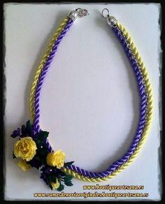 "Collar Floral porcelana floral ""Tiná"""