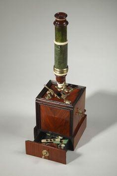 Microscope de type Marie datable vers 1740/1750 - Objets vendus - Antiquité…