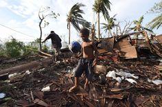 Wind analysis, photos chronicle 'monster' cyclone Pam's devastation in Vanuatu