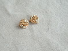 Vintage Goldtone Trifari Signed Pearl and by DivaInTheDell on Etsy, $25.00