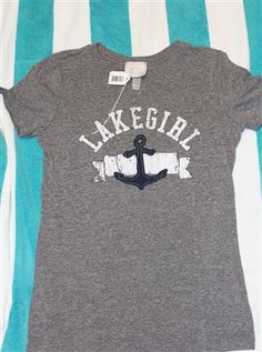 This soft t-shirt is perfect to wear any day out on the lake!