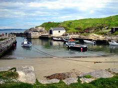 Ballintoy harbour, Co. Antrim, northern Ireland - Iron Island Port GOT