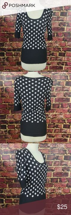 White House Black Market XS Polka Dot Pullover White House Black Market XS Polka Dot Pullover Top, light sweater.  Measurements are below, taken straight across with the garment laying flat Bust - 16 Length - 24 White House Black Market Tops Blouses