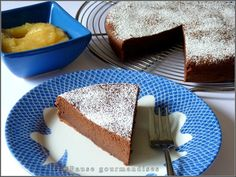 Gâteau au chocolat et compote