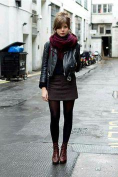 Skirt and burgandy foulard