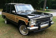 Find of the Day – '90 Jeep Grand Wagoneer | Hemmings