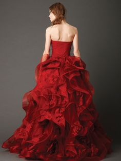 Vera Wang red Chinese style wedding dress ball gown strapless with lace