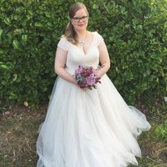 Is there anything more romantic than a soft tulle ballgown? 💞