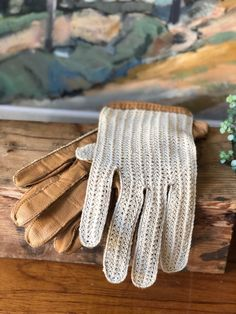 Vintage leather driving gloves with cream cotton and tan leather vintage men's driving gloves by WifinpoofVintage on Etsy Men's Vintage, Vintage Leather, Leather Driving Gloves, Ceramic Wall Art, Scandinavian Art, Tan Leather, Flower Pots, Pottery, Cream