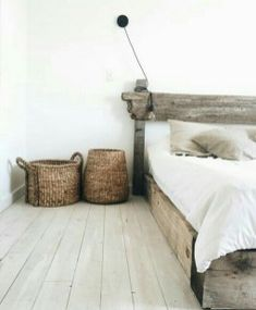 Modern And Stylish Rustic Scandinavian Bedroom Decor (9)