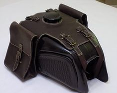 BMW fuel gas tank bags Crazy Horse Leather with 2 removable side bags O R65, Motorcycle Cover, Scrambler Motorcycle, Motorcycle Icon, Motorcycle Accessories, Leather Accessories, Moto Cafe, Cafe Racer Build, Fuel Gas