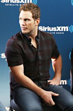 Chris Pratt participates in SiriusXM's 'Town Hall' with the cast of 'The Magnificent Seven' hosted by SiriusXM host Julia Cunningham on September 19, 2016 in New York City.
