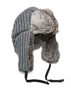 This hat saved me many times last winter. I cut the front lid lose, so it will protect my glasses from snow. When it is clear, I will tie a silk ribbon bow to attach it back. Warm Outfits, Cute Outfits For Kids, Fall Winter Outfits, Winter Wear, Autumn Winter Fashion, Winter Hats, Trapper Hats, Diy Fashion, Fashion Trends