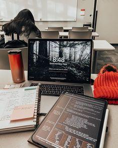 aesthetic laptop – costumiza tu pc – Gold Girl's Diary School Organization Notes, Study Organization, School Notes, Back To University, University Life, Study Motivation, Motivation Inspiration, College Motivation, College Aesthetic