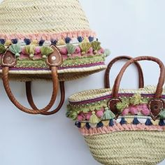 Diy Straw, Straw Bag, My Bags, Purses And Bags, Bow Bag, Diy Tote Bag, Ibiza Fashion, Craft Bags, Basket Bag