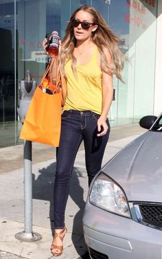 Who made Lauren Conrad's jeans, brown sunglasses, brown shoes and brown purse that she wore while shopping in Beverly Hills?