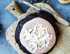 Se kevyempi kookos-suklaakakku