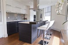 If you now live in the condominium and want to remake your kitchen, you got the right place. We provide you with some of the best models and designs of the condo kitchen remodel. Kitchen Cabinet Design, Modern Kitchen Design, Kitchen Decor, Kitchen Designs, Kitchen Ideas, Kitchen Inspiration, Kitchen Interior, Kitchen Dining, Modern Design