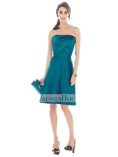 A-line Strapless Straight Neckline Knee Length Taffeta Bridesmaid Dress BD10100