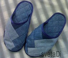 comfortable slippers and many other pics of recycled denim projects Diy Jeans, Sewing Jeans, Jean Crafts, Denim Crafts, Denim Shoes, Denim Bag, Denim Sandals, Denim Ideas, Recycled Denim