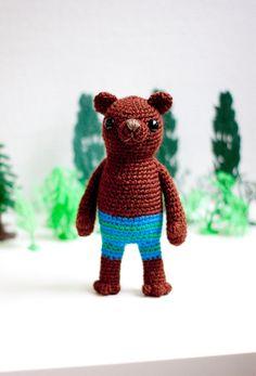 Crocheted soft toy amigurumi Bruno the brown bear by sofiasobeide